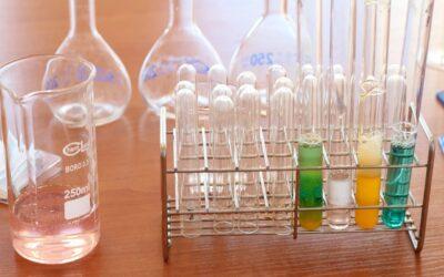 Experimentierboxen für die Chemieklassen